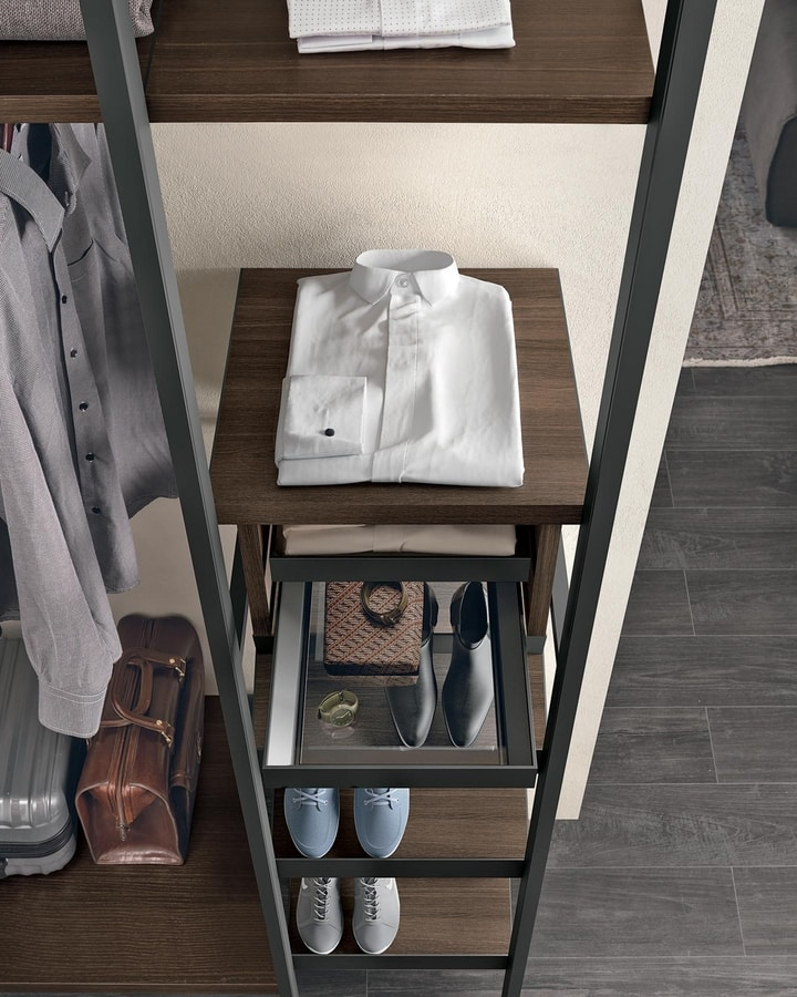 Liberty, Modular walk-in closet