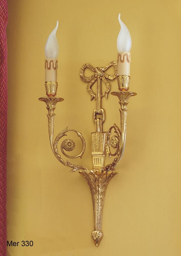 Art. MER 330, Wall lamp made in gold plated brass