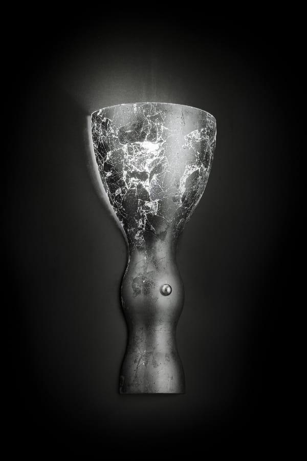SCHERZO L 16, Wall light in the shape of a goblet