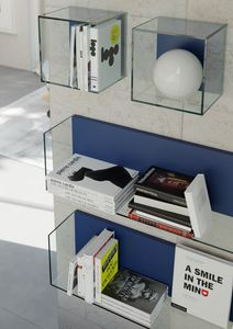GLASSBOX comp.03, Shelves and wall cubes in tempered glass