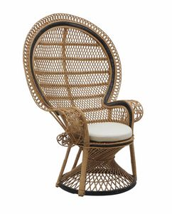 Alice 0243, Lounge chair in natural fiber suitable for shelded outdoor