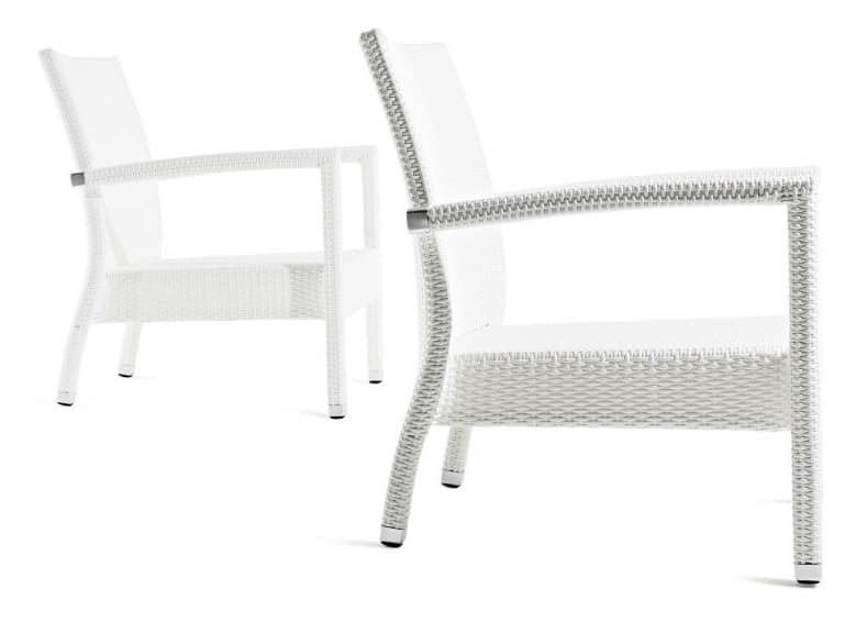 Lotus poltrona, Stackable armchair made of synthetic fibers, for outdoor use