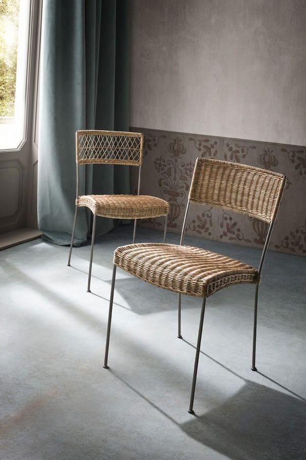 Isa, Woven wicker chairs