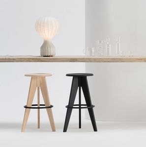 ART. 308 TURN, Stool with round seat, in wood