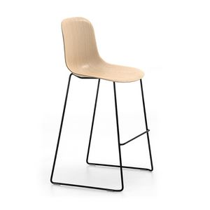 Máni Wood ST-SL, Stackable stool with wooden seat