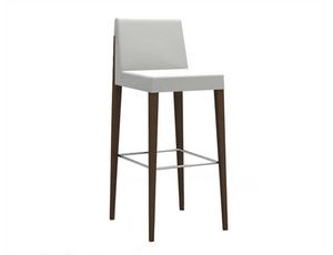New York 639, Elegant stool with a refined design