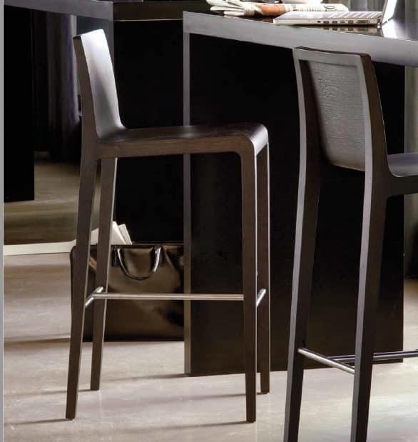 Young-SG, Elegant wooden barstool
