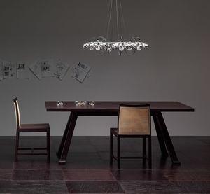 Tremezzo PR.0009, Contemporary oak table with converging legs