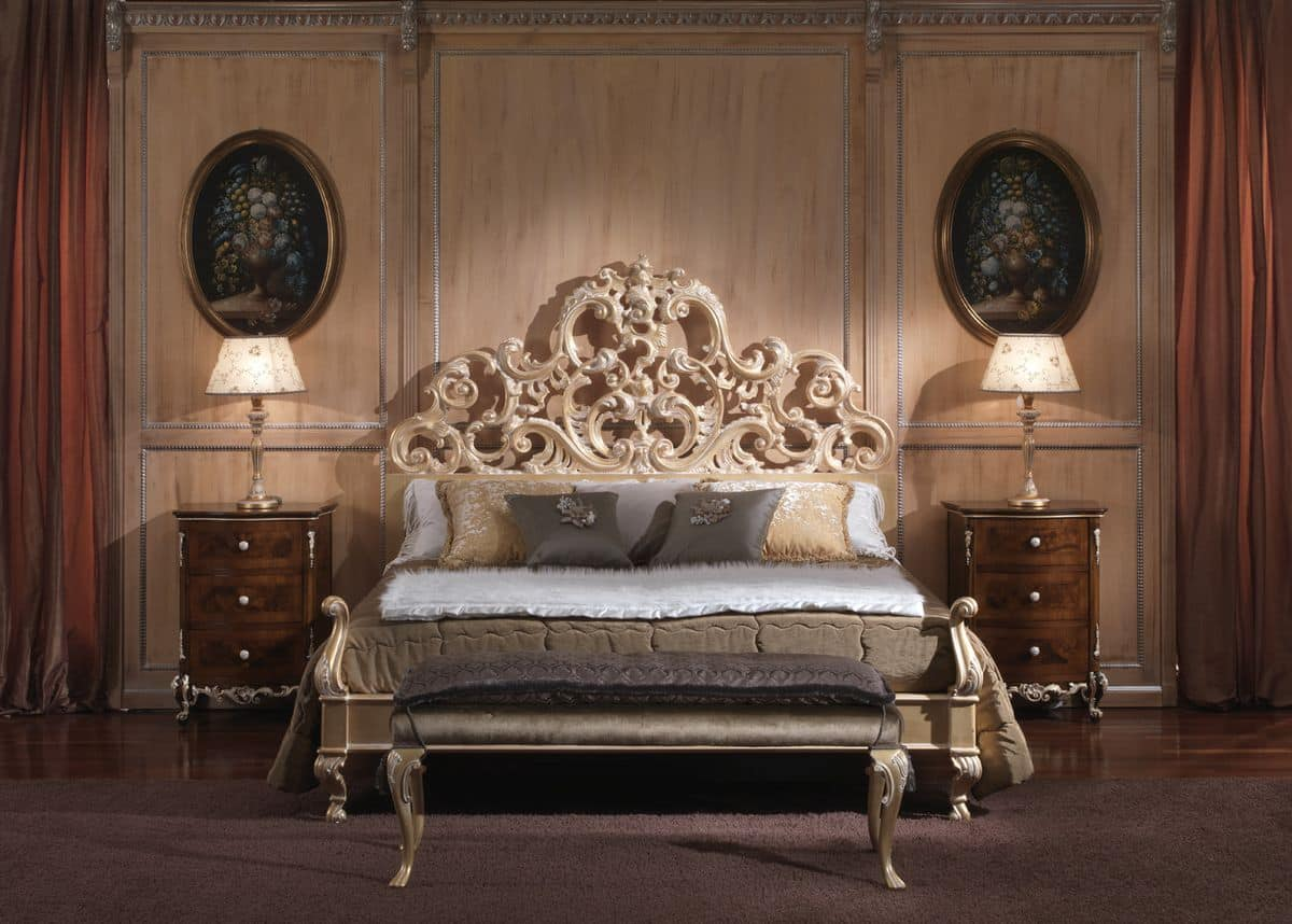 3660 Bed With Baroque Style For Luxurious Bedrooms Wooden Structure