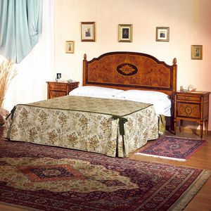 Art. 809 Rosone, Bed with inlaid headboard