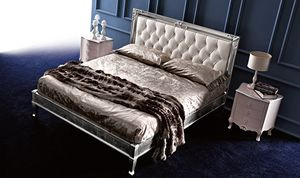 Clara Art. 882, Classic bed with clean and elegant lines