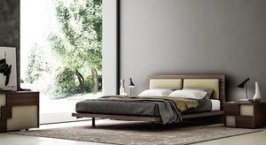 COSTANTINA, Elegant wooden bed