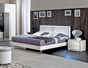 Dama Bianca bed, White lacquered bed