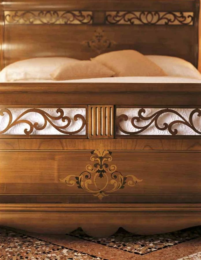 Fenice bed, Traditional style bed