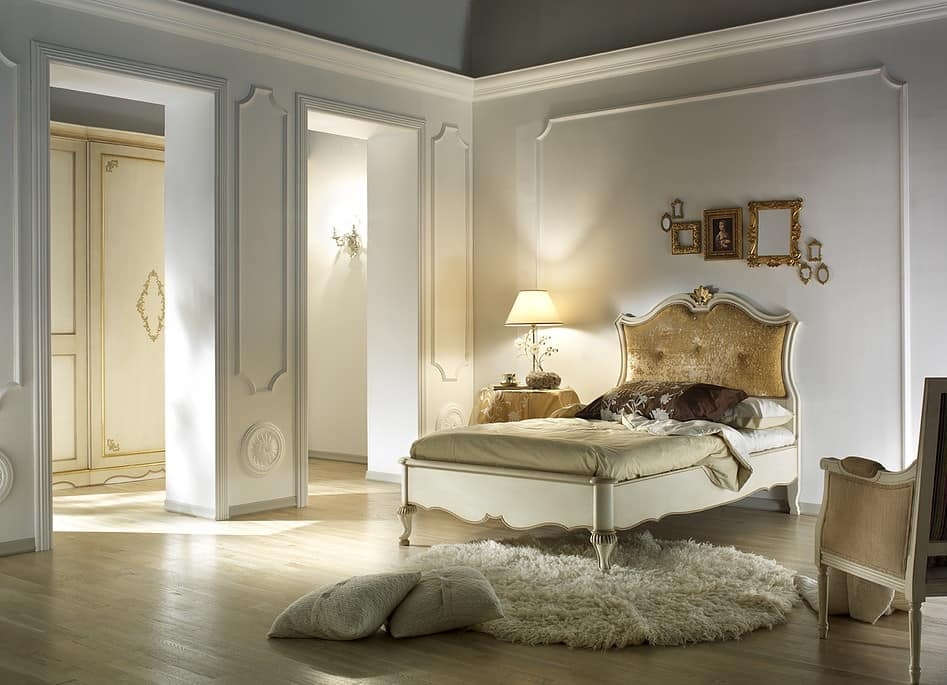 G 707, Single bed and a half, padded and classic