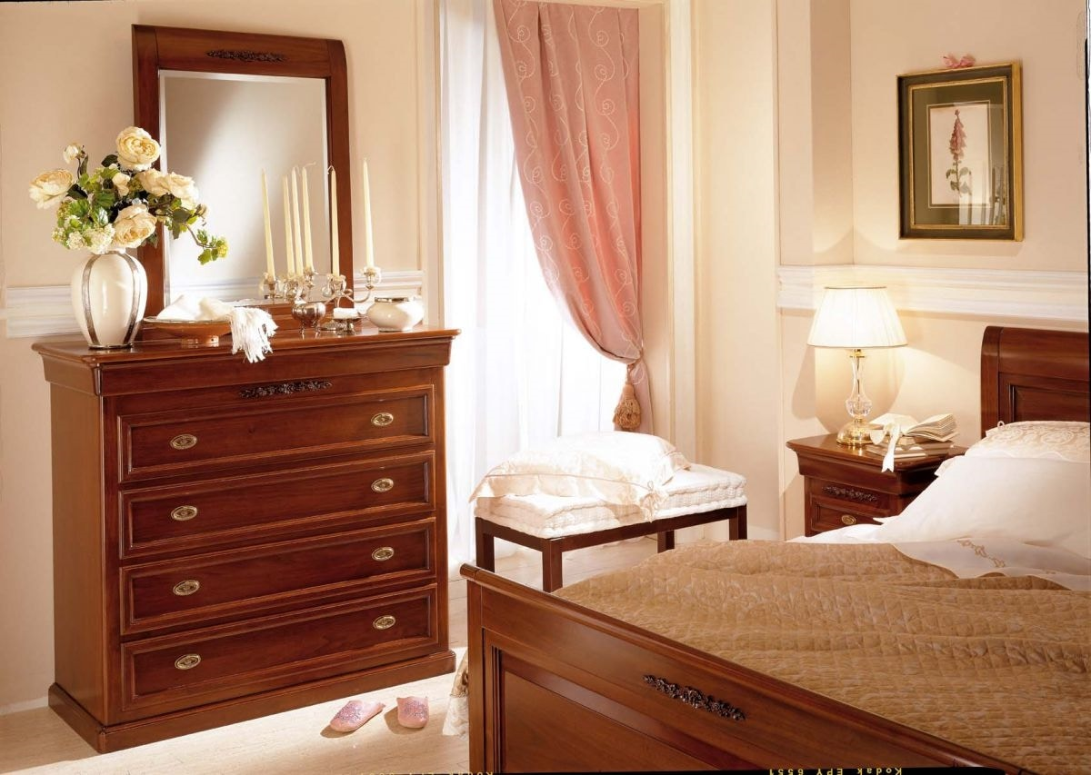 Romantica bed, Wooden bed, classic style
