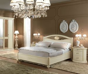Siena bed, Wooden bed with ivory finish