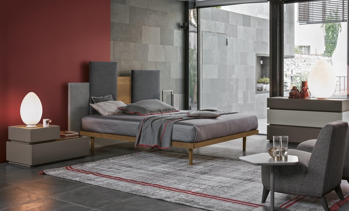 Skyline, Bed with headboard that recalls the metropolitan cities