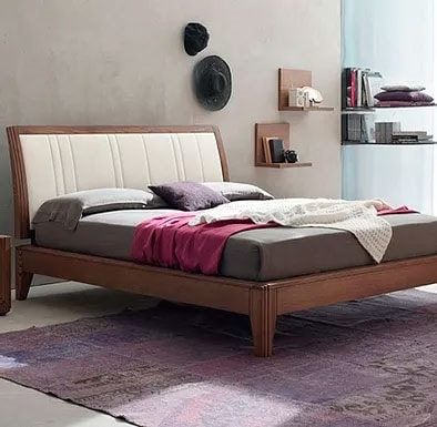 Stilo, Bed with clean lines