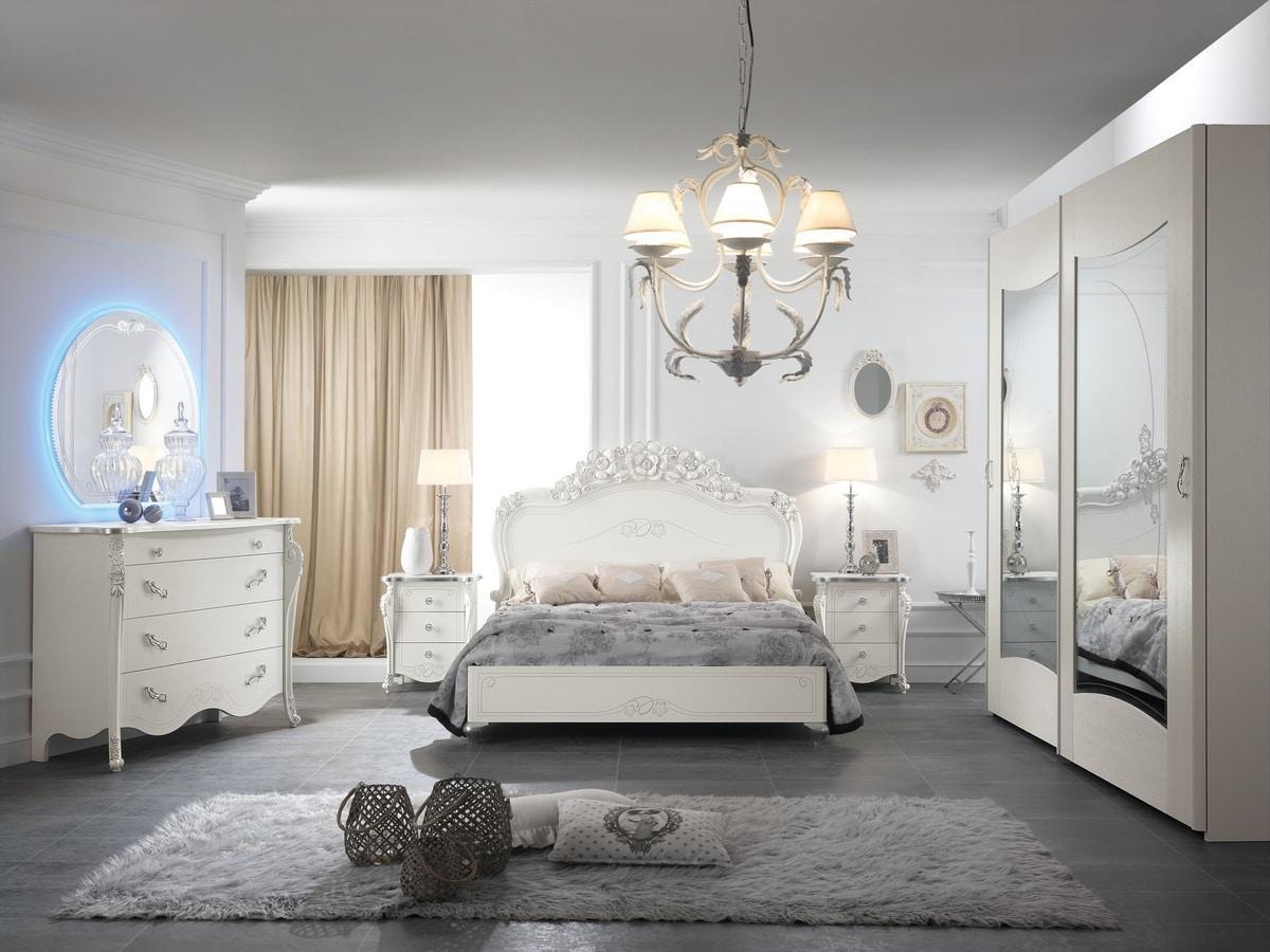 Viola bed, Elegant carved bed