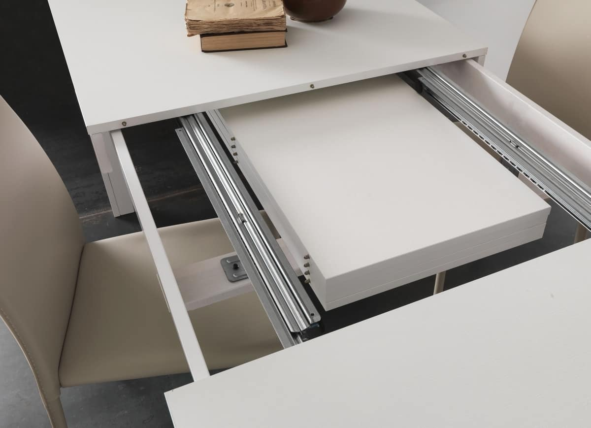 Art. 620 Ermes, Extendable table made with multiple extensions