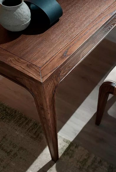 Cleo, Extendable wooden table