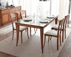 Cristina, Dining table with traditional lines