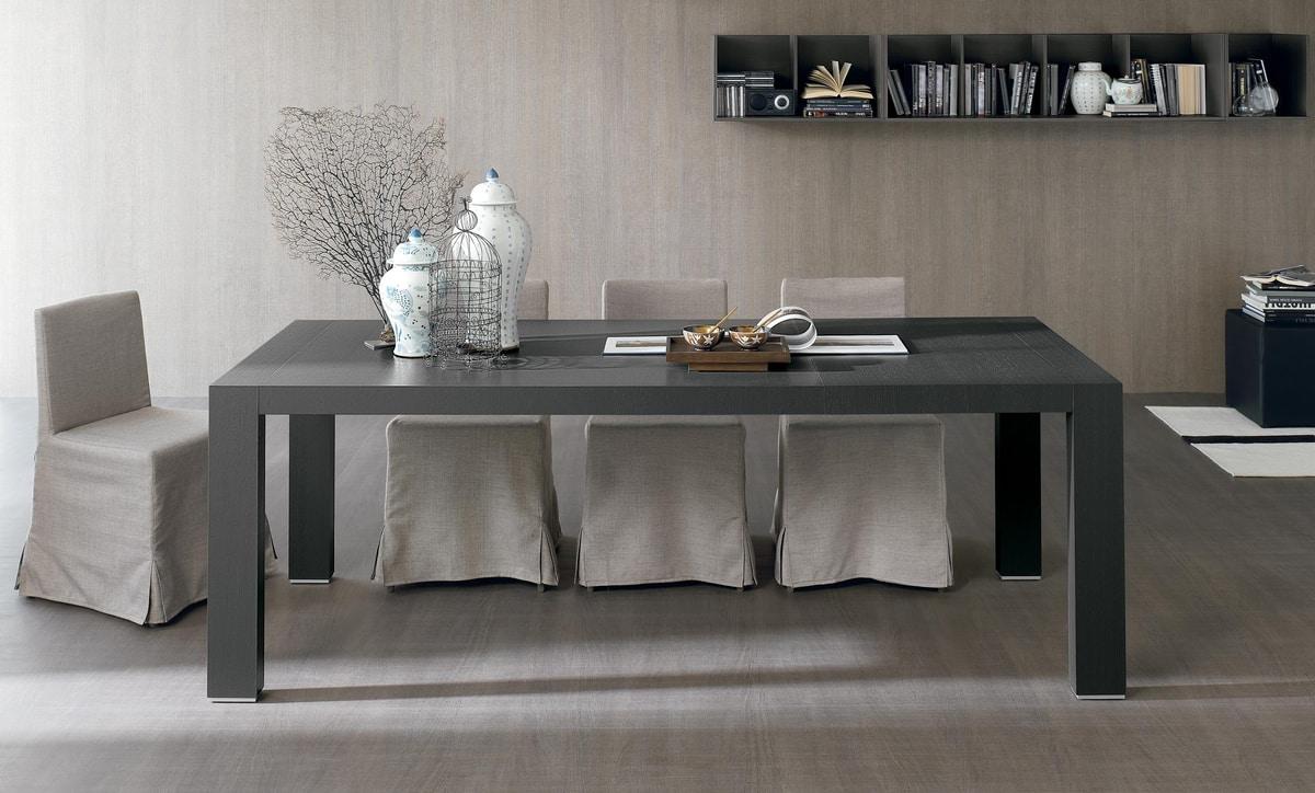 Doppio Passo, Extendable wooden table