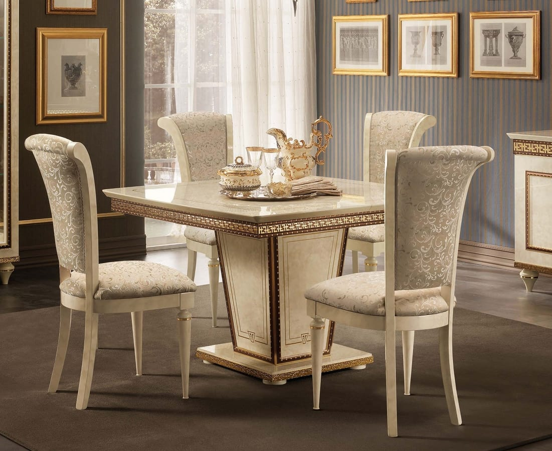 Fantasia squared table, Square table with extension