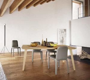 Sangiacomo, Day tables and chair