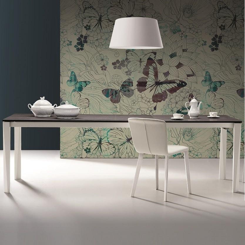 Vigo, Essential and versatile table