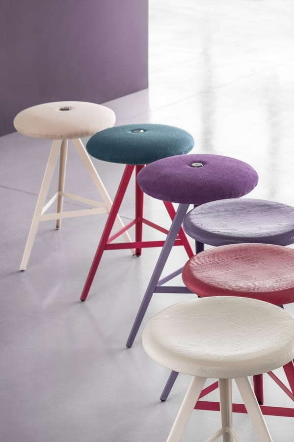 ART. 0122-H67-MET-IMB AKY, Stool with upholstered seat, height 67 cm