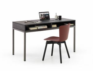 a112 socrate, Desk with a modern design