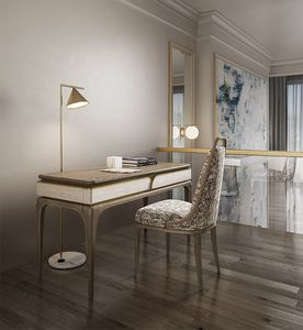 Alexander Art. A11, Desk with a sophisticated design