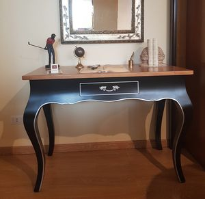 Art. 173, Provencal desk in black lacquered