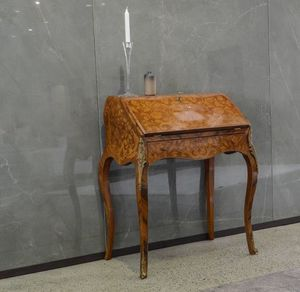 Art. 559, Classic writing desk with flap top