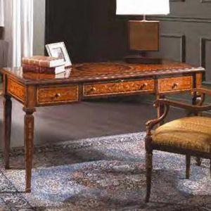 Art. 599, Classic desk at outlet price