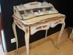 Art. 821, Classic walnut writing desk for home, inlaid