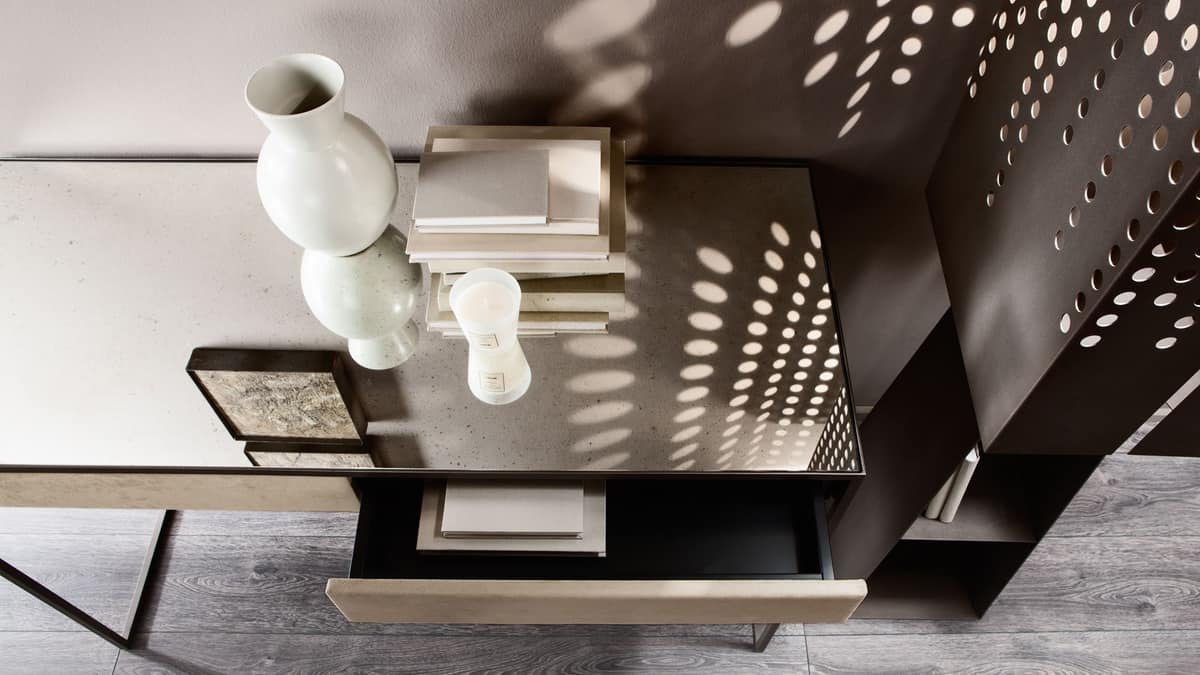 Narciso scrittoio, Desk with steel structure, covering in mirror