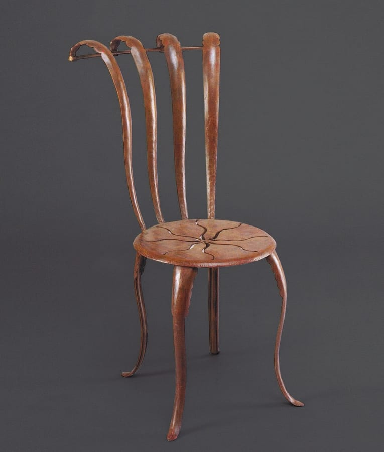 HF2013CH, Iron chair with decoration on the seat
