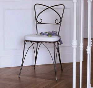 Kelly, Iron chair with removable cushion
